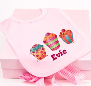 cupcake-bib