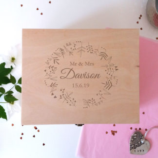 personalised wedding keepsake box