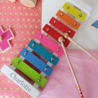 girls xylophone